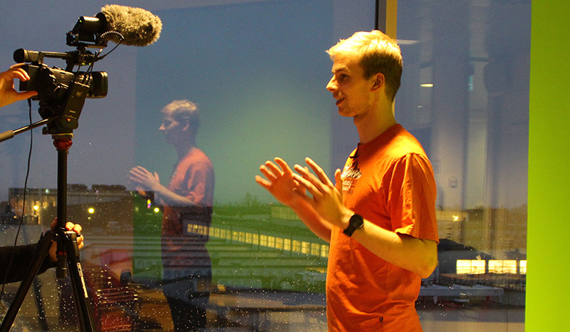 Whitehat hacker Morten Eskildsen holder foredrag og laver videointerviews om hacking og it sikkerhed